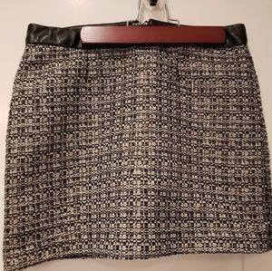 Gap size 0 mini skirt faux leather chenille